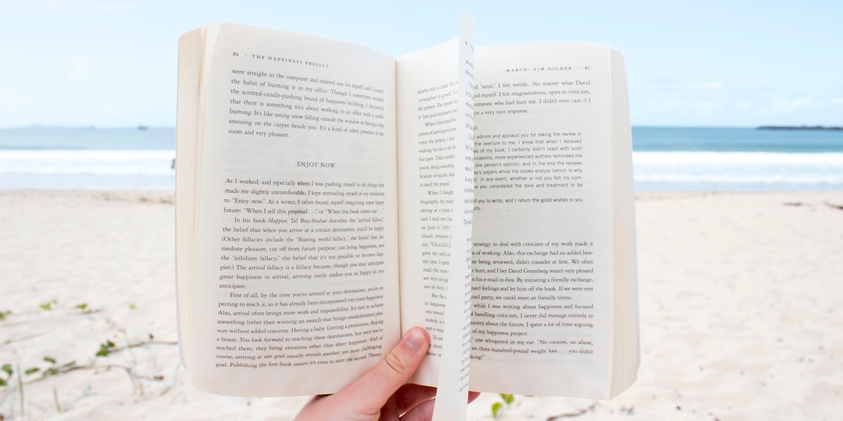2 Summer Beach Reads That Will Make You Smarter and Happier