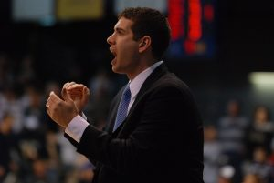 Brad_Stevens_encouraging_the_team