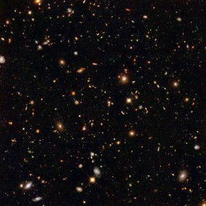 Hubble_Ultra_Deep_Field_NICMOS-600x600