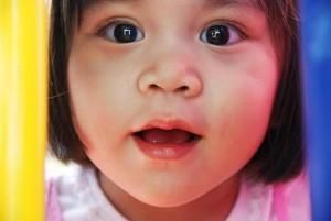 toddler-667300_1920