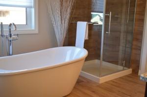 bathtub-1078929_1920