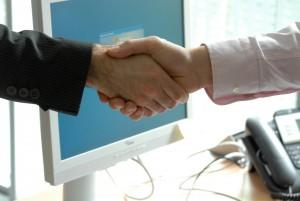 handshake-440959_1920