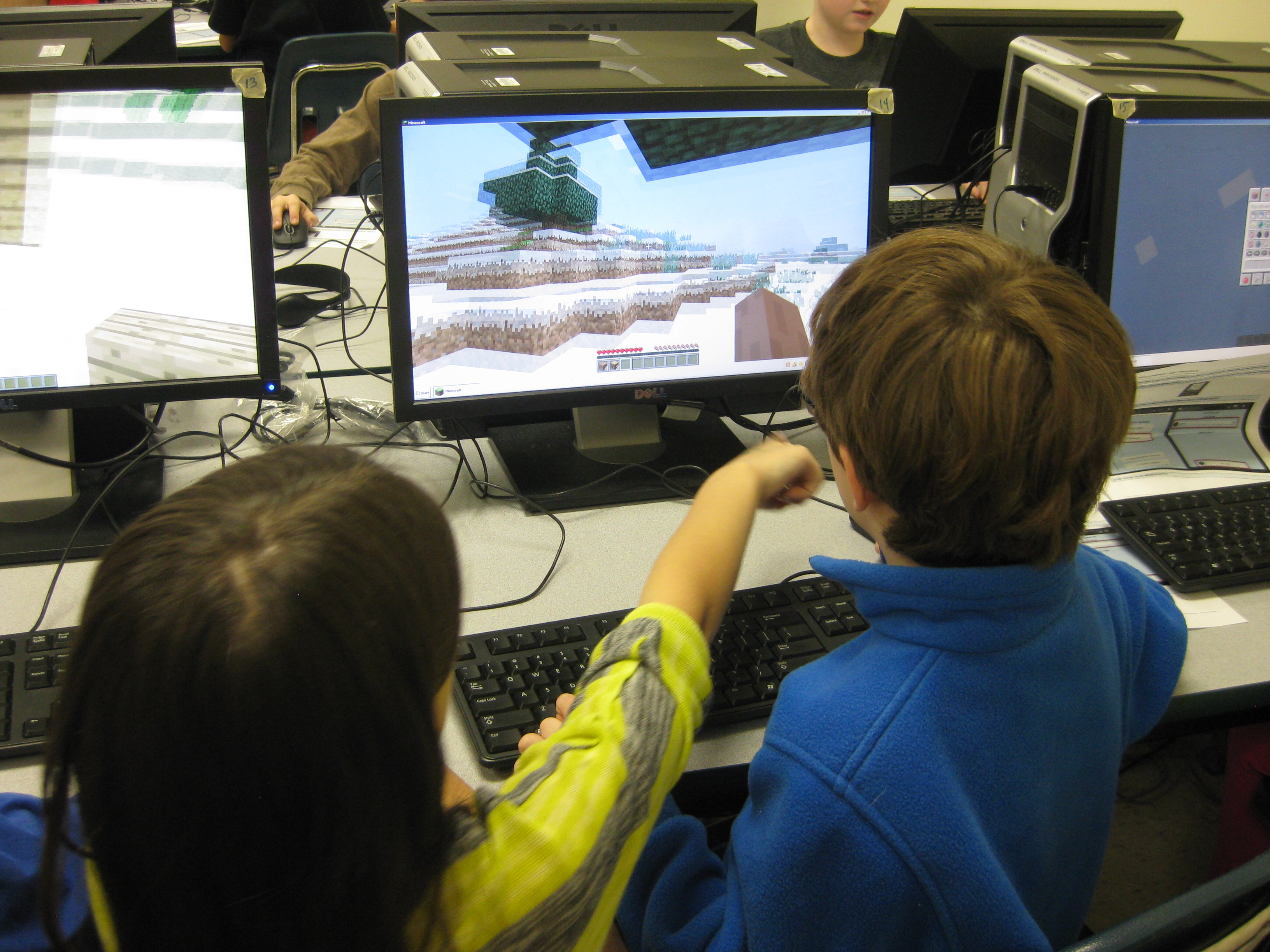 Instead of Hanging Out at the Mall, Your Kids Are Meeting Up on Minecraft