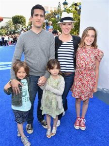 Molly Ringwald and kids